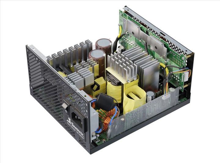 Seasonic 80 Plus Titanium sertifikalı 700 watt PSU'sunu duyurdu
