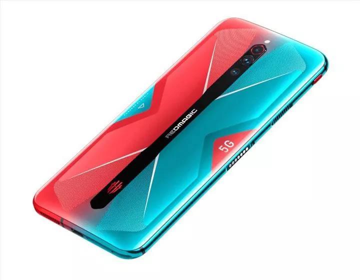 Nubia CEO'su yaklaşan Red Magic 5G modeliyle çekilmiş fotoğrafları paylaştı