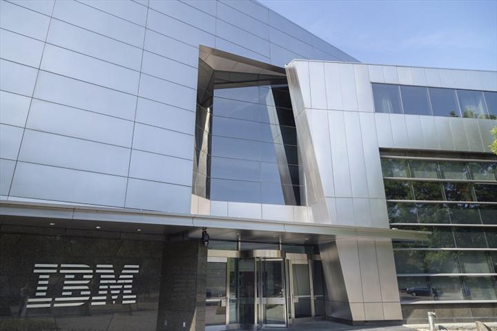 IBM tüm ulusal iş seyahatlerini koronavirüs sebebiyle durdurdu