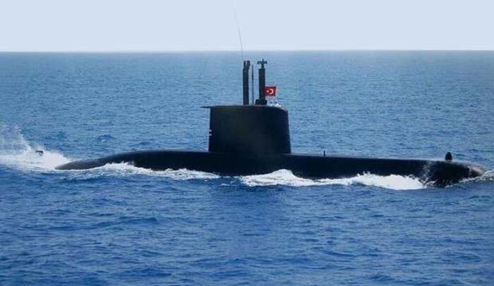 Türk bilim insanından acil durumlarda denizaltının konumunu belirten cihaz
