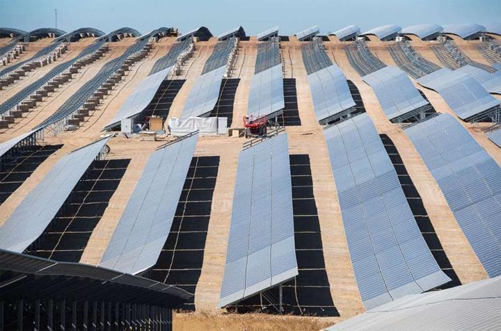 Avrupa'nın şimdilik en büyük güneş tarlası, NASA uyduları tarafından görüntülendi
