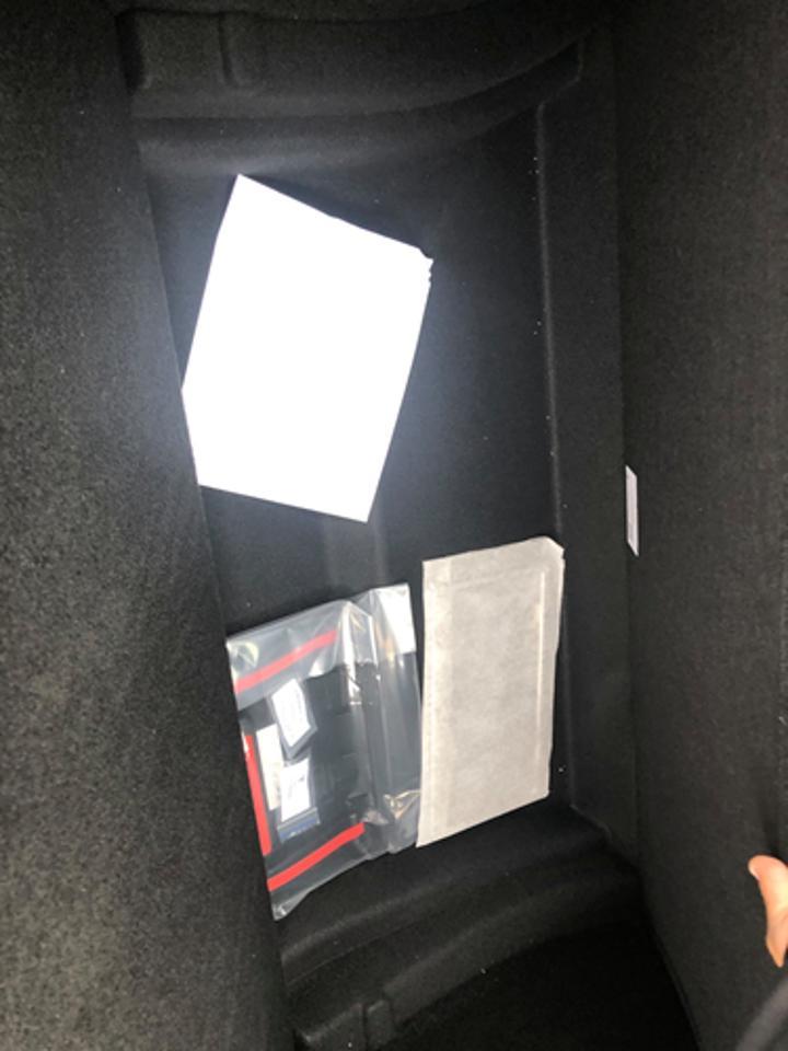 Tesla Model Y'nin bagaj bölümüne ait detaylı fotoğraflar geldi