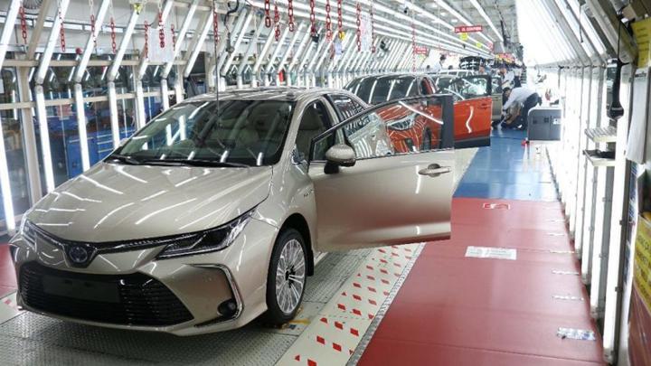 Ford ve Toyota, koronavirüs nedeniyle Türkiye'deki üretime ara verdi