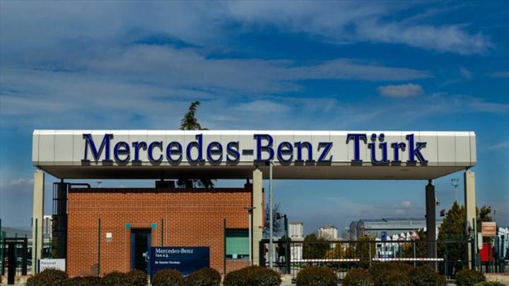 Mercedes-Benz Türk de üretime koronavirüs arası veriyor