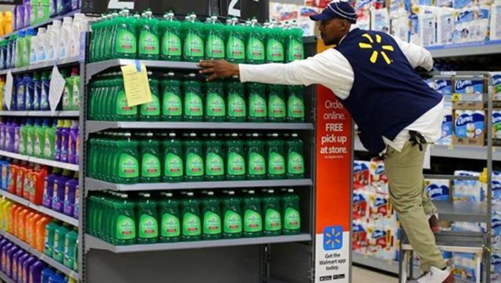 Walmart, koronavirüs salgını nedeniyle 150 bin kişiyi işe alacak