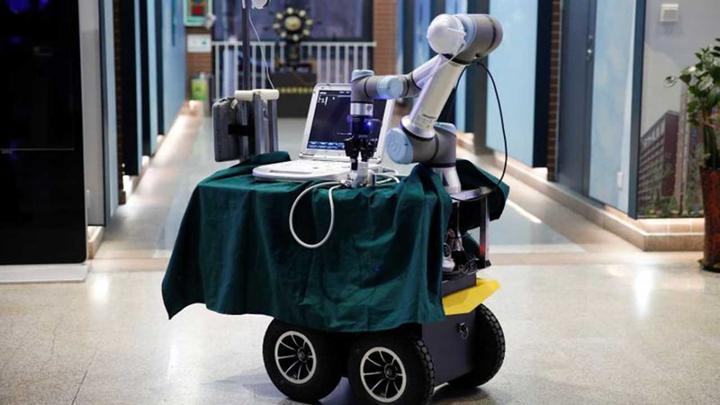 İspanya, günde 80 bin kişiye Koronavirüs testi yapmak için robot filosu kuruyor