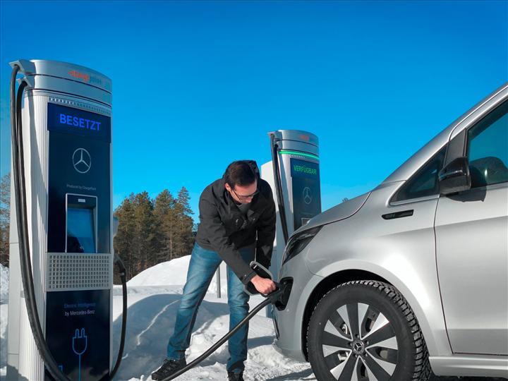 Elektrikli Mercedes-Benz EQV'nin kış testleri tamamlandı