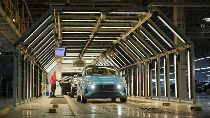 Türkiye'de otomotiv üretimi neredeyse tamamen durdu