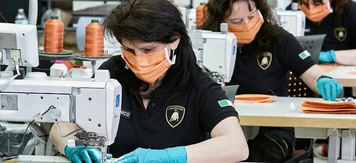 Lamborghini tıbbi maske ve yüz kalkanı üretmeye başladı
