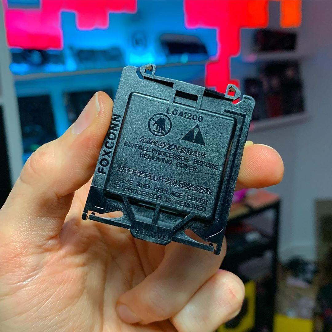 Intel Comet Lake çıkış tarihi ve Core i9-10900K-Core i7-10700K-Core i5-10600K slaytları