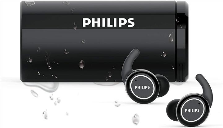 Philips kendi kendini temizleyen tam kablosuz kulaklıklarını duyurdu