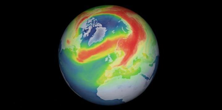 Kuzey Kutbu üzerinde, ozon tabakasında olağan dışı büyük bir delik açıldı