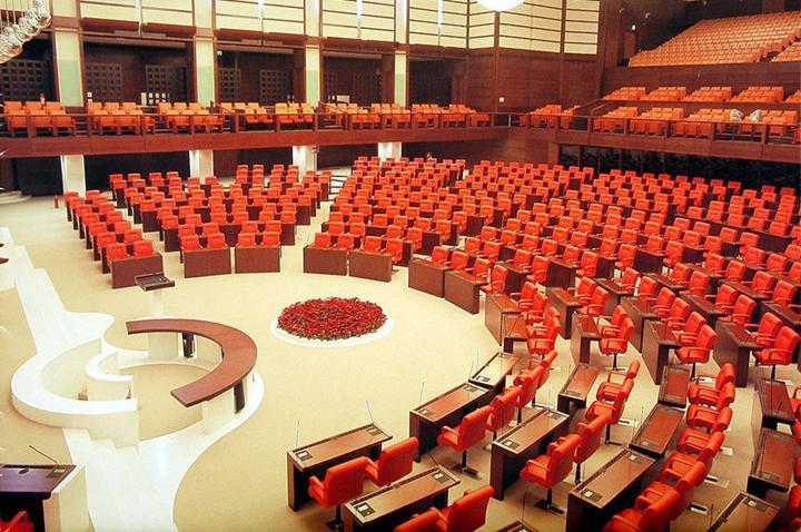 Sosyal medya düzenlemesi Meclis'e sunulmadı