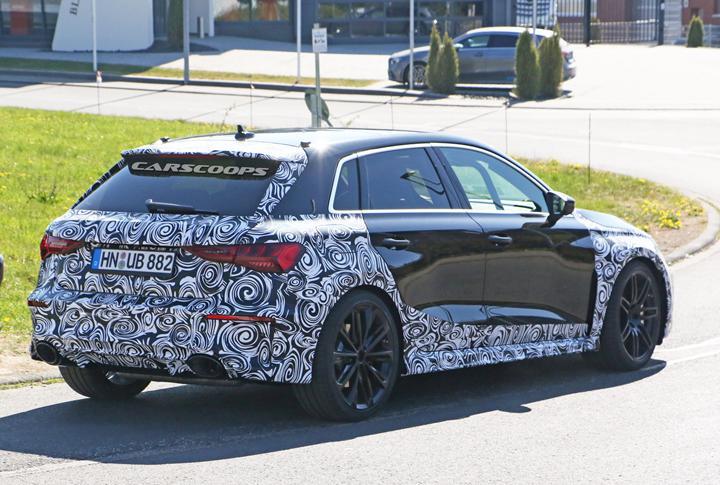 2021 Audi RS3 Sportback test edilirken görüntülendi