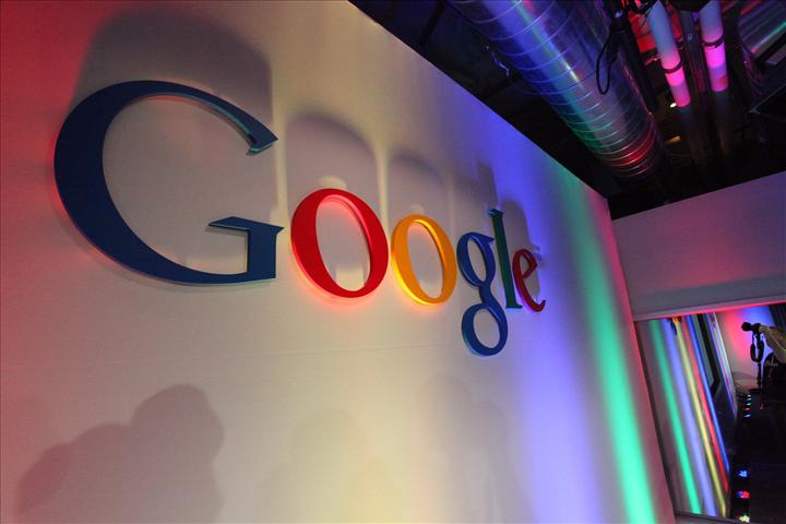 Google artık arama ile eşleşmeyen sonuçlar bulduğunda kullanıcıyı uyaracak