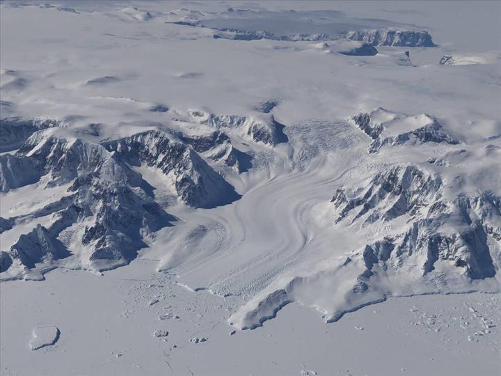 Yeni çalışma, 16 yıllık buz tabakası kaybını ortaya koyuyor