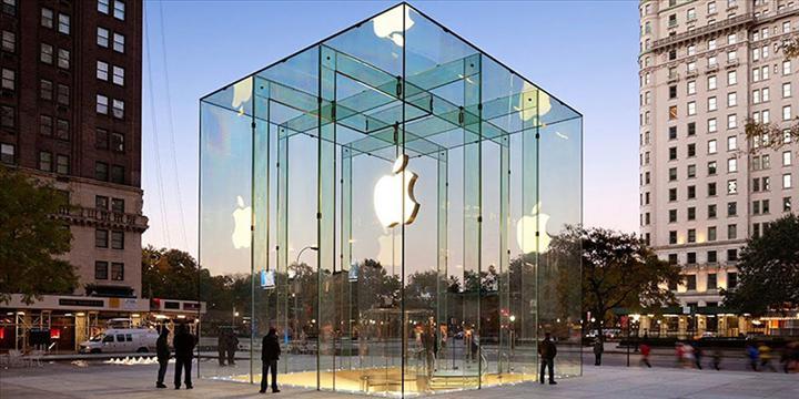 Dünya çapında akıllı telefon satışları yüzde 10 ile 17 arasında düştü