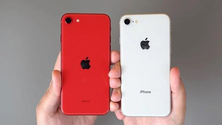 Huawei'nin baş tasarımcısı iPhone SE ile ilgili konuştu: Huawei SE gelecek mi?