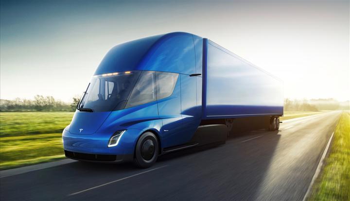Tesla Semi'nin üretimi yine ertelendi