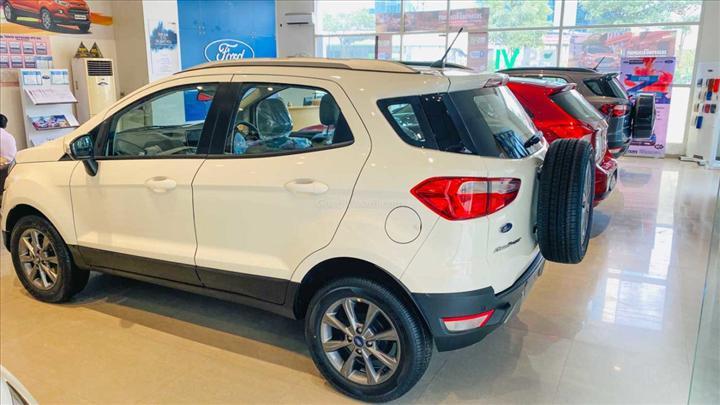 Geçtiğimiz ay Hindistan'da bir tane bile sıfır araç satılmadı