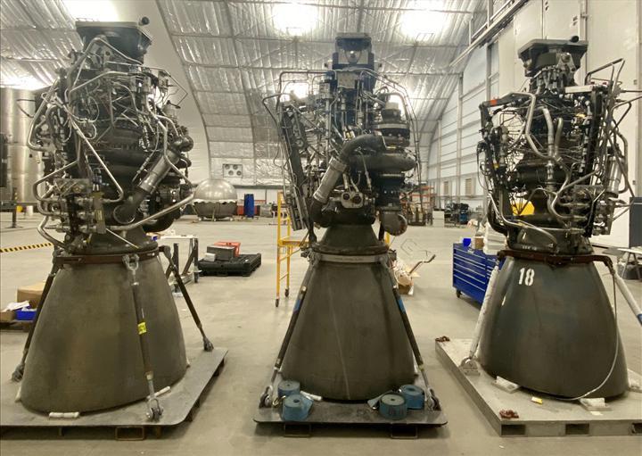 Elon Musk, insanlığı Mars'a taşıyacak olan roket motorunu gösterdi