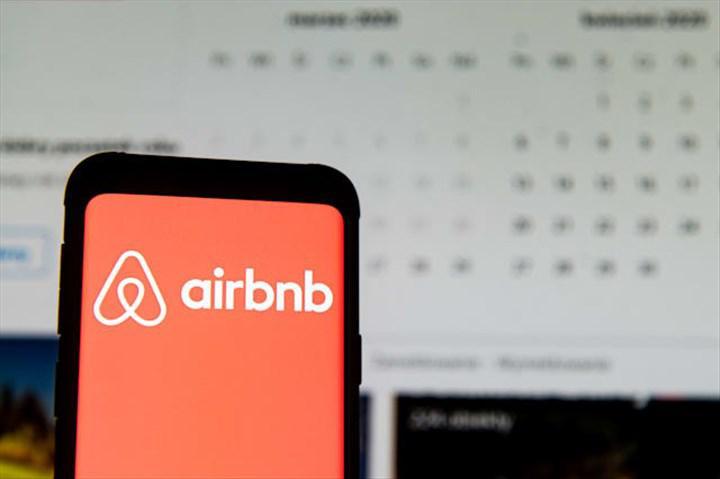 Salgından etkilenenler kervanına Airbnb de katıldı