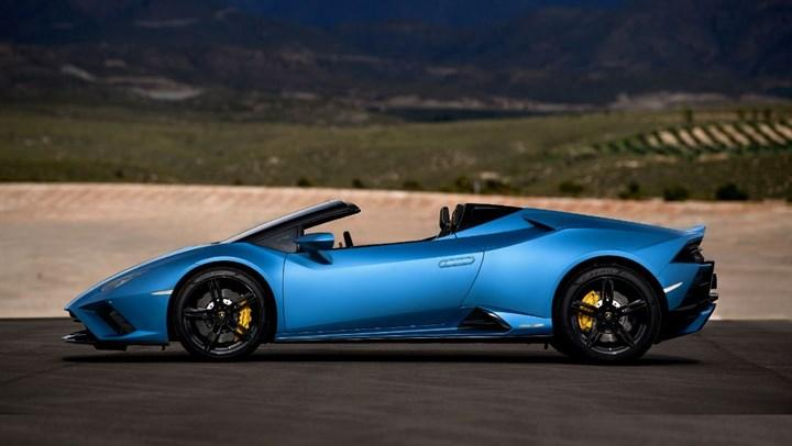 Yeni Lamborghini Huracan EVO RWD Spyder tanıtıldı