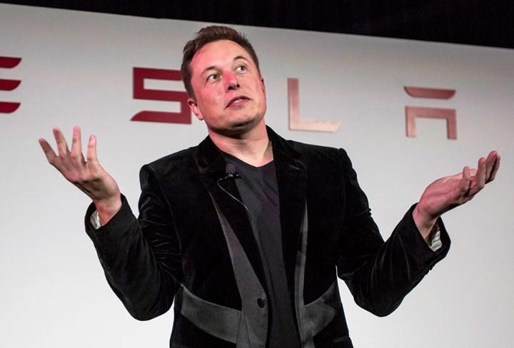 Bir ankete katılan Tesla çalışanlarının yarısına göre Elon Musk'ın tweetleri, şirkete zarar veriyor
