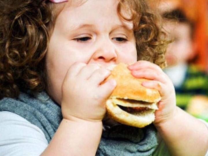 Amerikan toplumundaki her 5 çocuktan 1'i obezite ile karşı karşıya