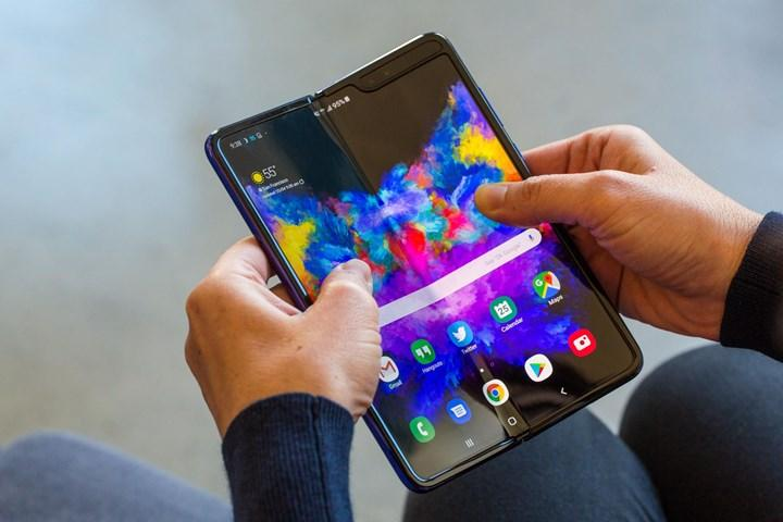 Samsung, Galaxy Fold 2'nin seri üretimine başladı
