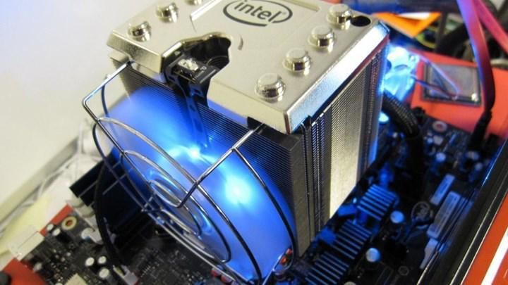 Intel stok soğutucusunu güncelledi