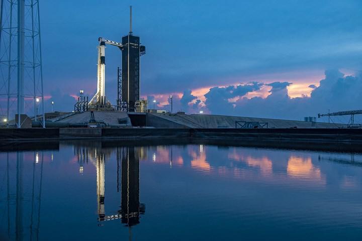 (ERTELENDİ) SpaceX birazdan uzaya insan fırlatacak: Canlı yayın başladı