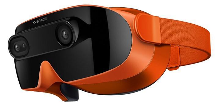 Eski HTC patronu VR kask projesini tanıttı