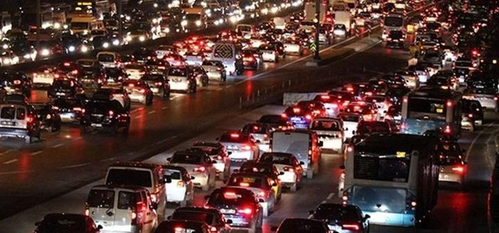 Trafiğe kaydı yapılan taşıt sayısı Nisan'da yüzde 44 azaldı