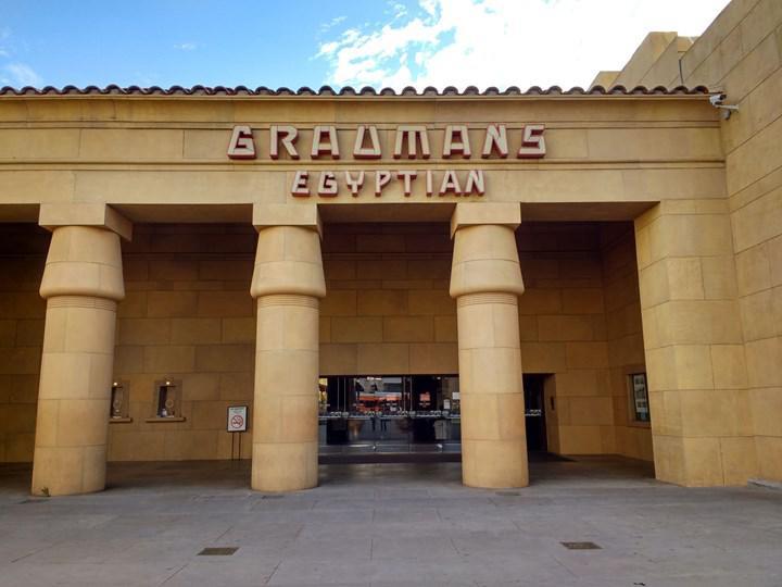 Netflix tarihi Egyptian Theatre'ı satın aldı