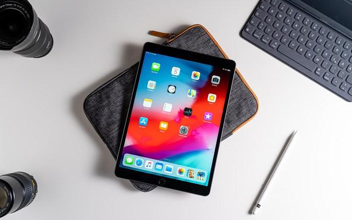 iPad Air sonunda Lightning'den USB-C'ye geçiş yapıyor