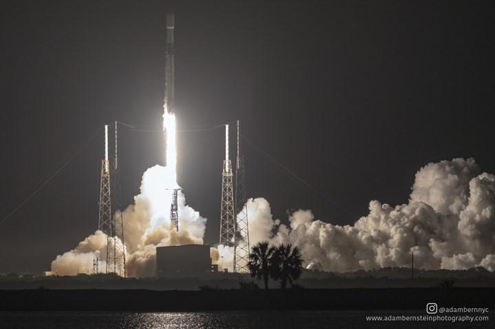 SpaceX, 60 yeni Starlink uydusunu uzaya fırlattı: İşte müthiş görüntüler