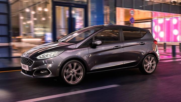 Ford Fiesta, hafif hibrit desteği ve yeni teknolojilere kavuştu