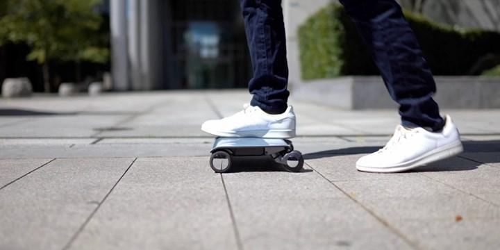 İPad boyutlarındaki elektrikli scooter WalkCar, satışa hazır