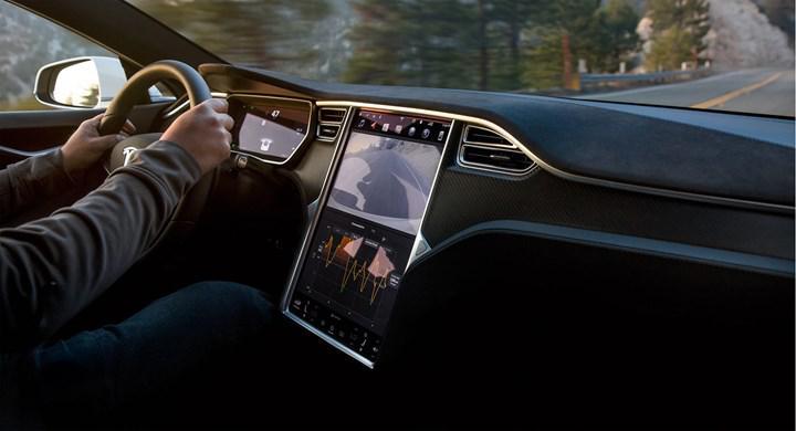 """Tesla'nın milyon millik pil teknolojisini tanıtacağı """"Pil Günü"""" etkinliği bir kez daha ertelendi"""