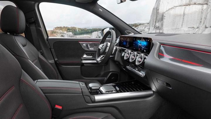 Yeni Mercedes-Benz GLA Türkiye'de: İşte fiyatı ve özellikleri