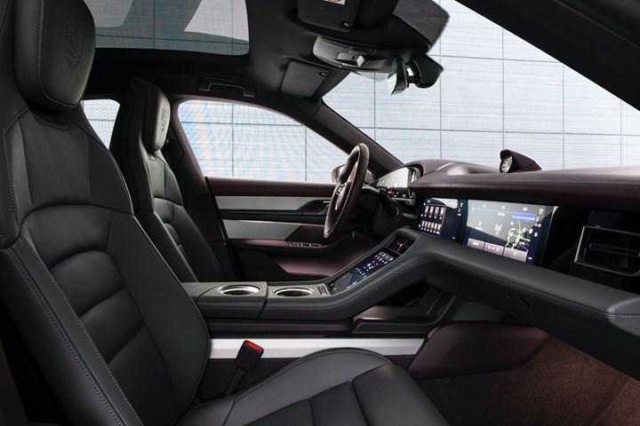 Elektrikli Porsche Taycan'ın en ucuz versiyonu Çin'de tanıtıldı