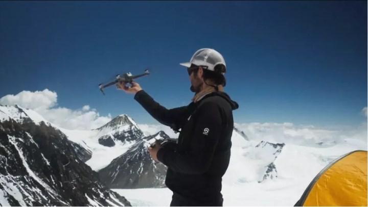 National Geographic ekibi, 8600 m yükseklikte dronla Everest'i keşfetti