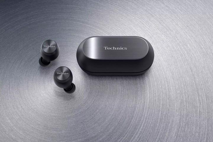 Technics ilk tam kablosuz kulaklığını satışa çıkarıyor.