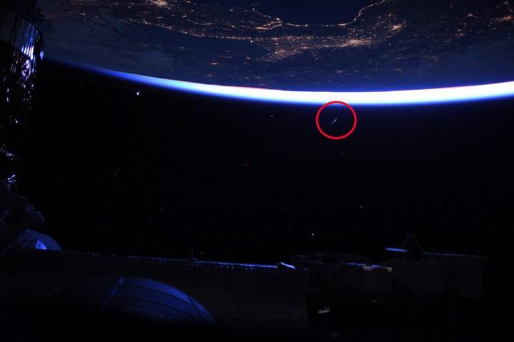 Dünya'ya yaklaşan NEOWISE kuyruklu yıldızı, uzaydan böyle görüntülendi