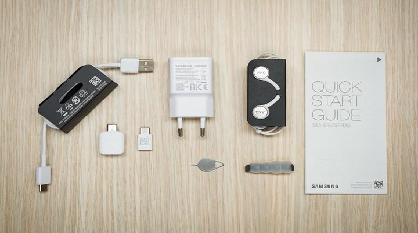 Samsung yeni telefonlarının kutusundan şarj aletini çıkarmayı planlıyor