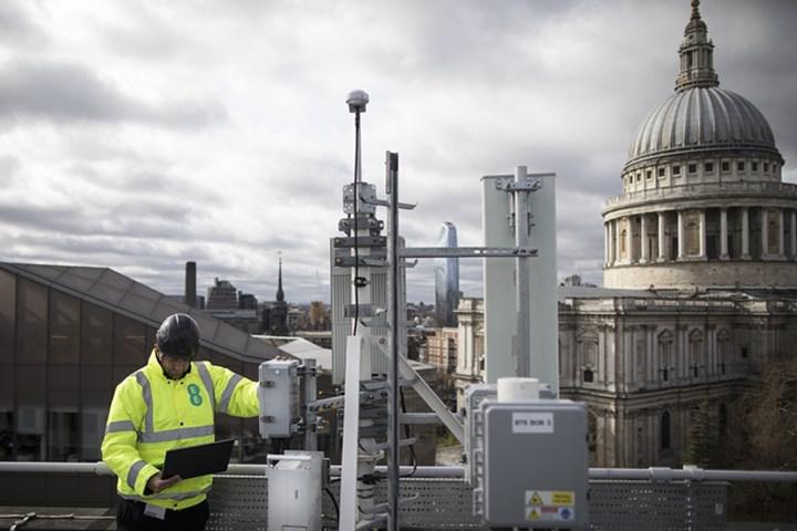 İngiltere'den şok Huawei hamlesi