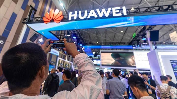 Huawei yasağı İngiltere'ye pahalıya mal olacak