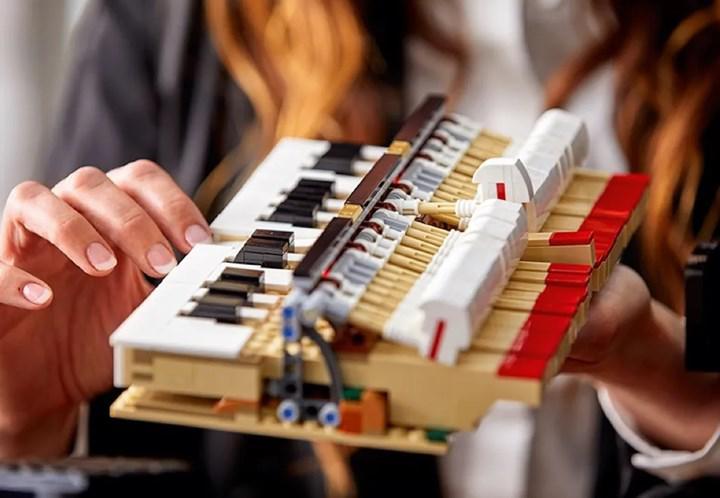 Dünyanın ilk çalınabilir piyano LEGO seti piyasada