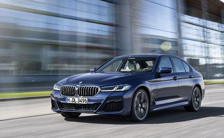 BMW onayladı: Yeni nesil 5 Serisi tamamen elektrikli versiyonla gelecek